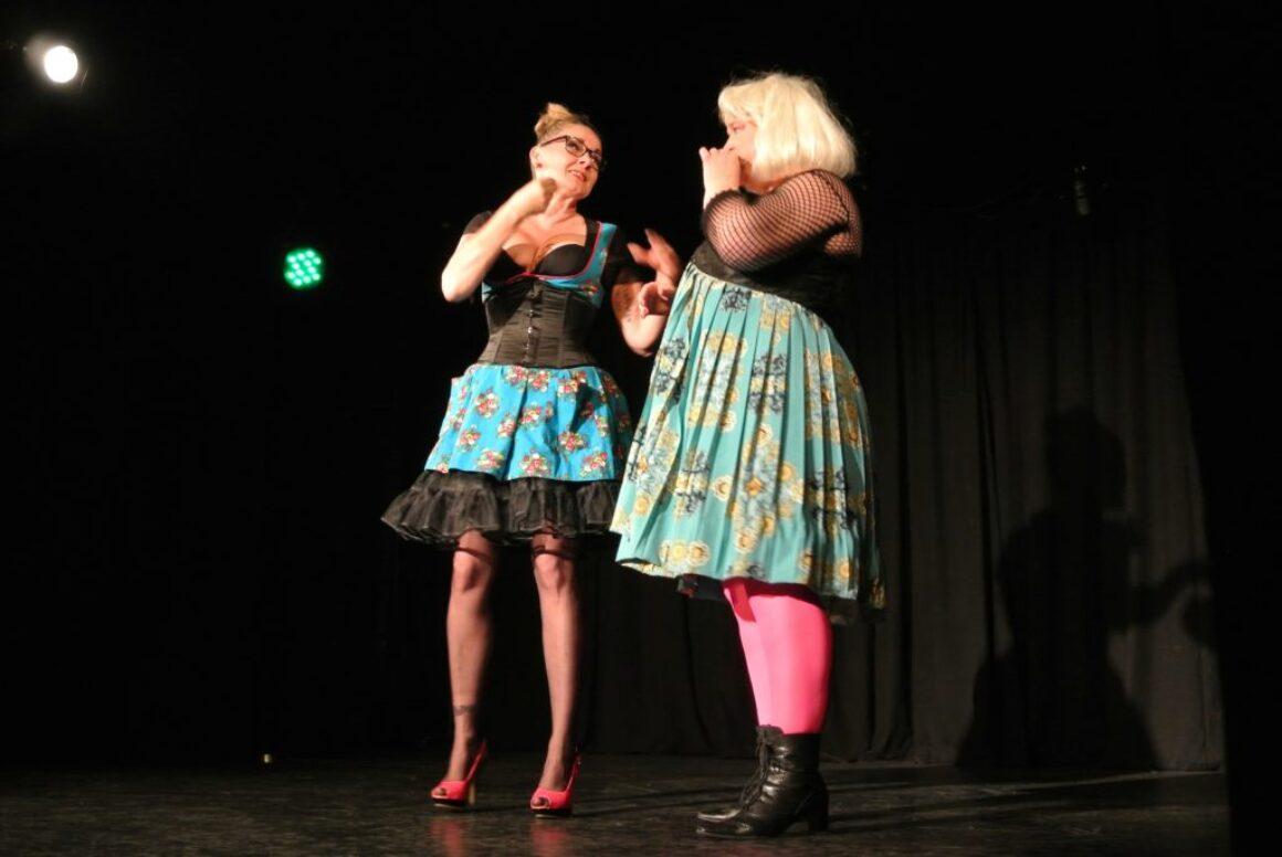 DeafBurlesque Show Moderatorin 2012